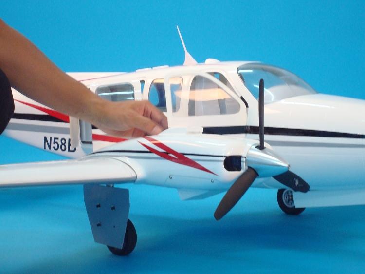 Beechcraft Baron G58 Composite ARF